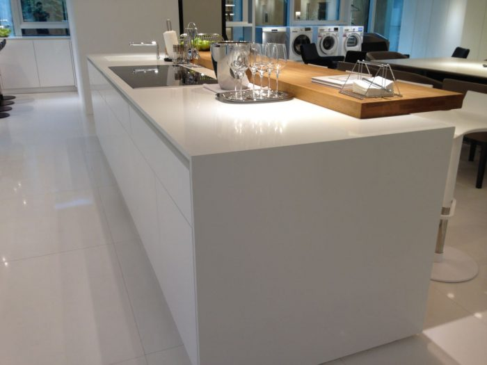 Technistone Crystal Absolute White 2